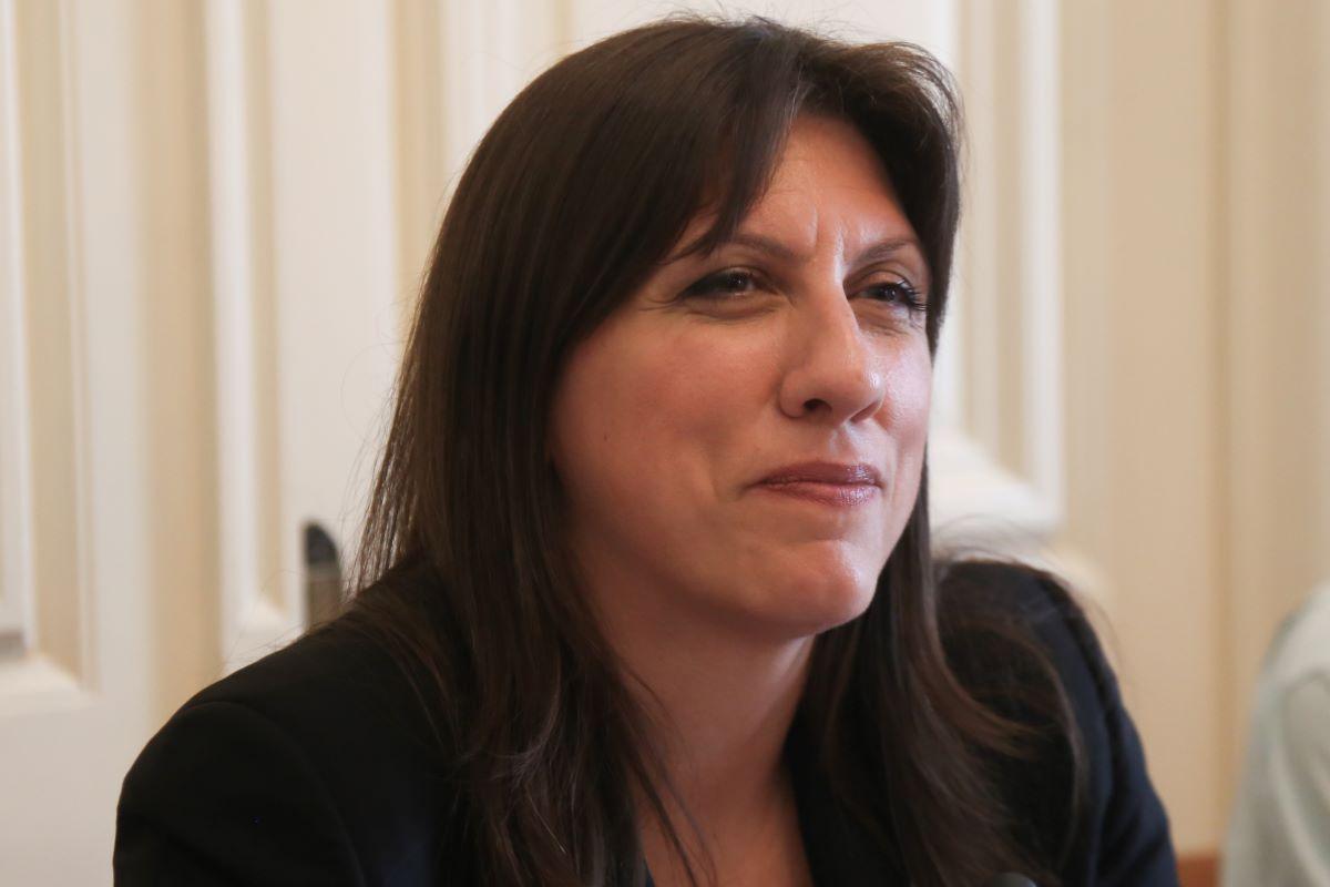 Δικαστική δικαίωση για 20μελή οικογένεια-Τι λέει η Ζωή Κωνσταντοπούλου