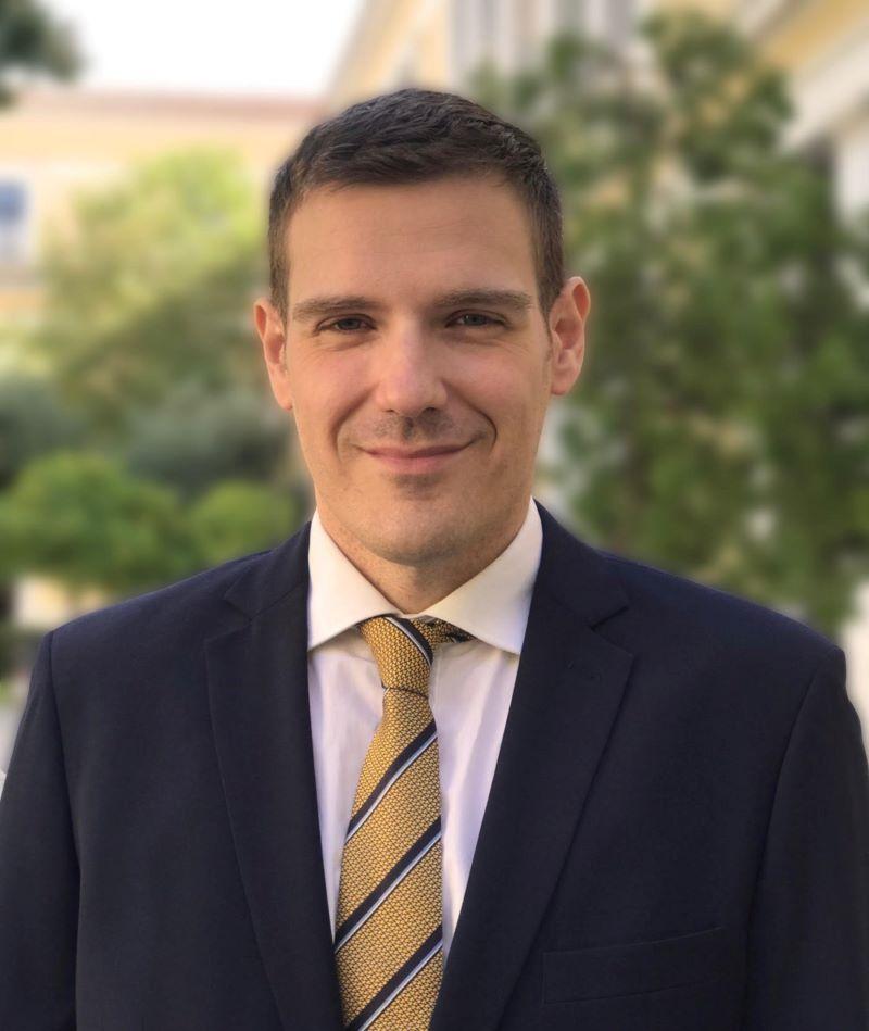 Αλέξανδρος Μαντζούτσος: Υποψήφιος για την προεδρία του ΔΣΑ
