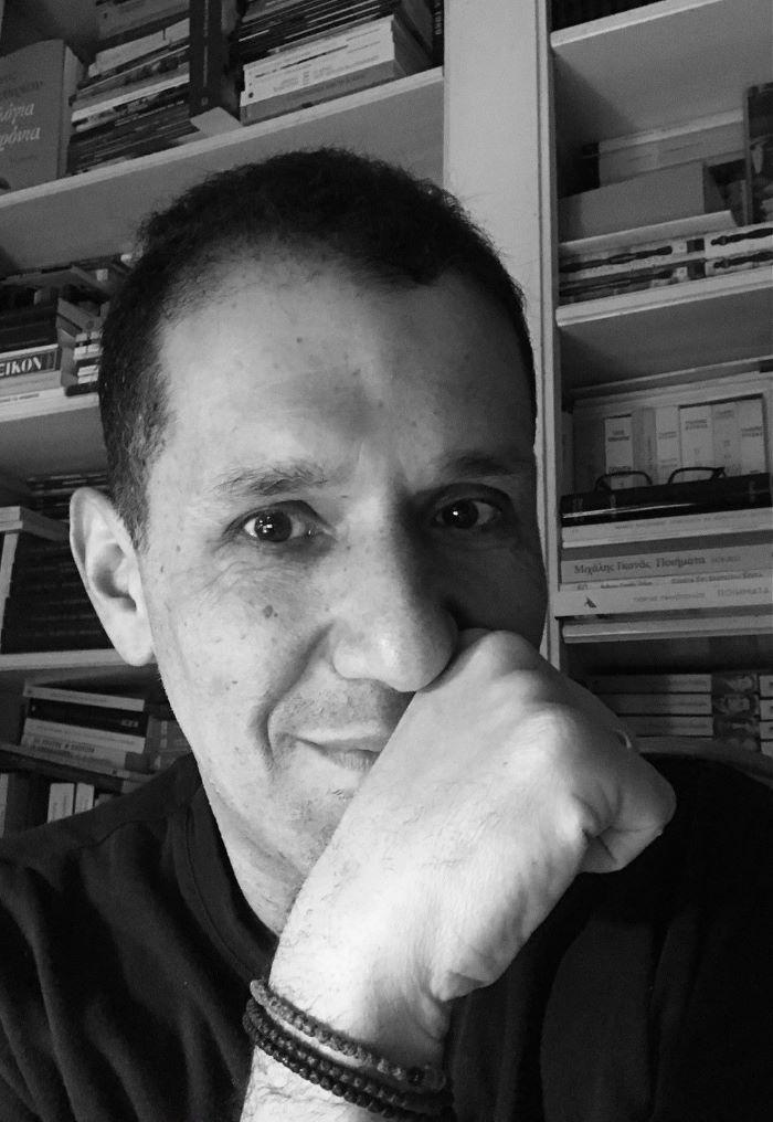Δημήτρης Πατώκος: Ο Μίκης Θεοδωράκης εξόριστος στον σκοτεινό αιώνα..