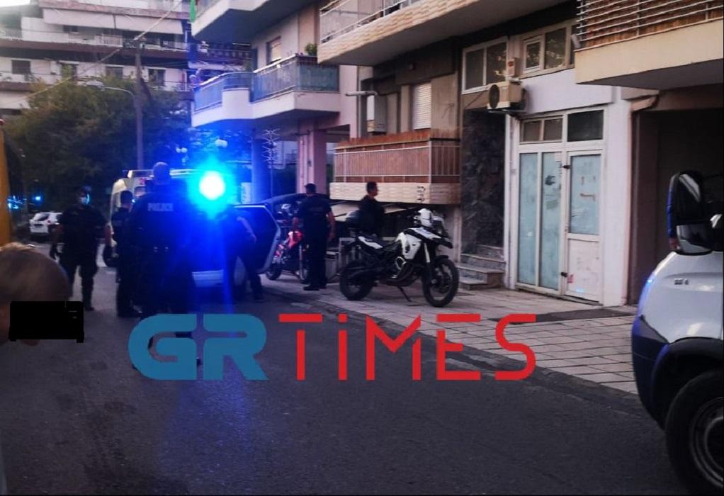 Θεσσαλονίκη: Αιματηρό επεισόδιο στην Τριανδρία – BINTEO – ΦΩΤΟ