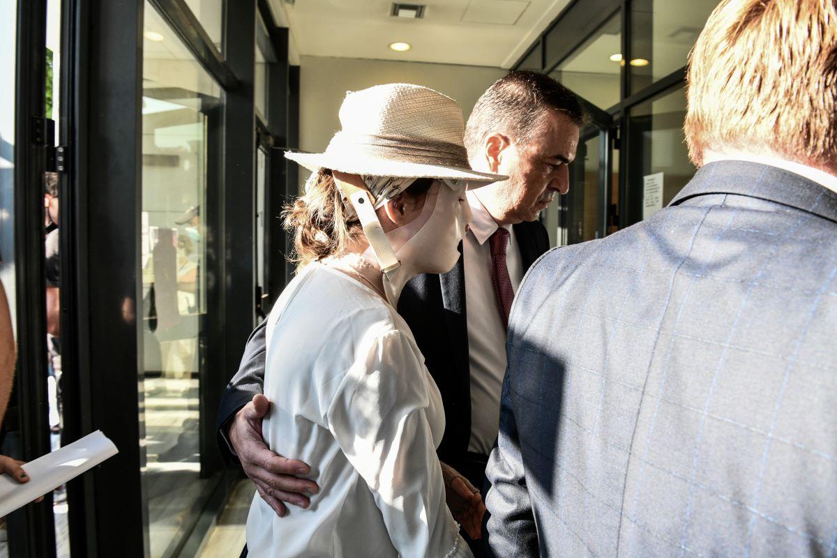 Ιωάννα Παλιοσπύρου: 10 ΦΩΤΟ από τη δίκη που θα περάσει στην ιστορία