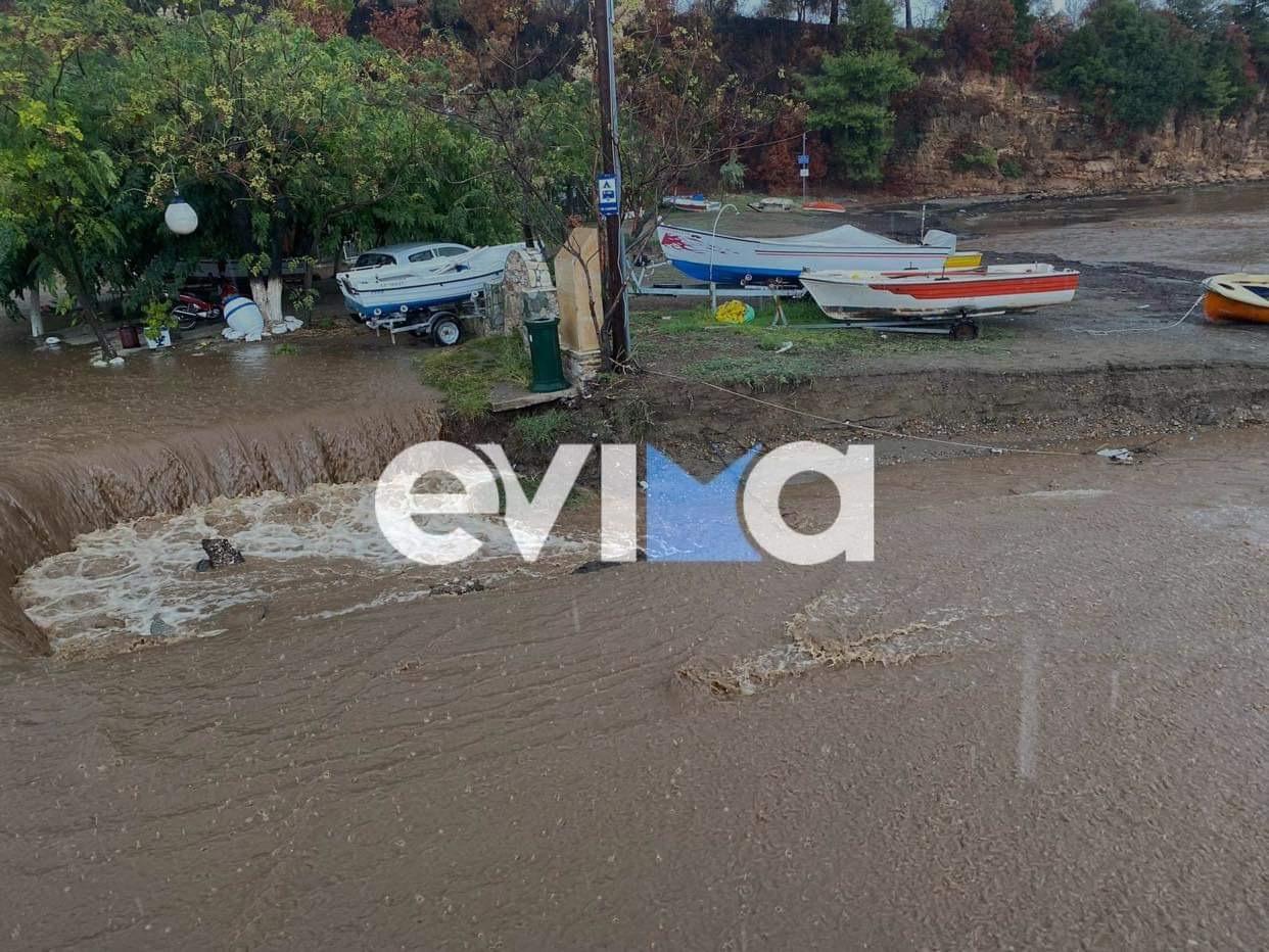 """Η κακοκαιρία """"Αθηνά"""" χτύπησε τη Βόρεια Εύβοια – Πλημμύρες και κατολισθήσεις στις πυρόπληκτες περιοχές – ΦΩΤΟ,ΒΙΝΤΕΟ"""