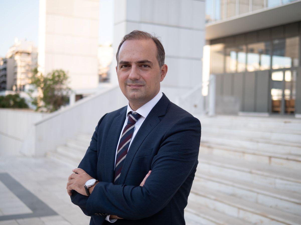 Δημήτρης Αναστασόπουλος: Σπαταλώντας λεφτά για λιγότερη Δημοκρατία