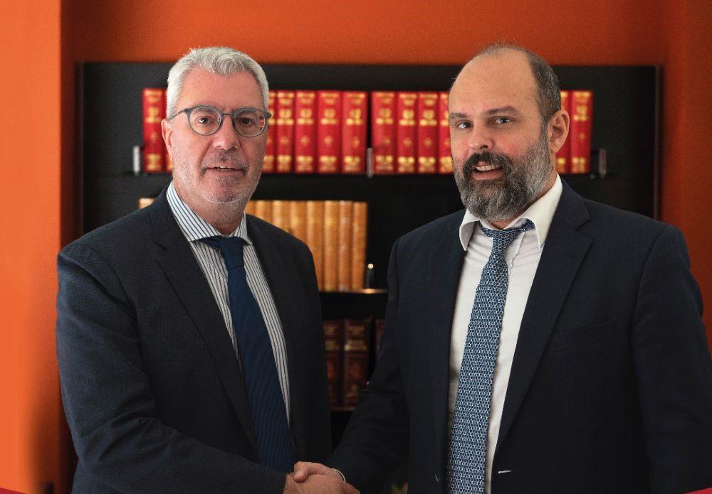 Μαντάς – Καλαντζόπουλος μαζί στις εκλογές του ΔΣΑ