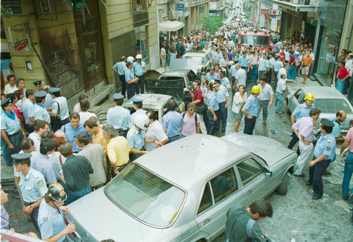 Η 17 Ν αργότερα σε προκήρυξή της ανέφερε μεταξύ άλλων ότι ο τότε υπουργός Παλαιοκρασσάς έγινε στόχος γιατί εξέφραζε την οικονομική πολιτική της κυβέρνησης.