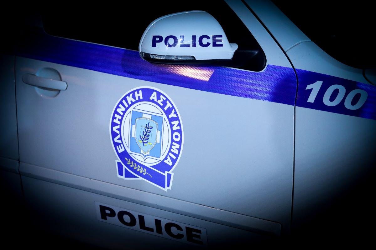 Αχαρνές: Συνελήφθησαν πέντε μέλη συμμορίας για 26 ληστείες και 13 κλοπές – Ανήλικοι οι τρεις